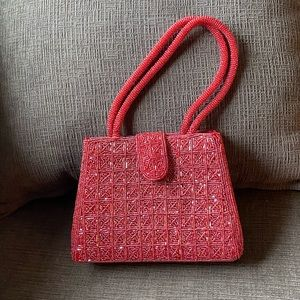 Vtg red beaded evening purse- China